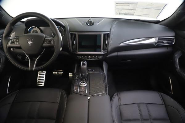 New 2021 Maserati Levante S Q4 GranSport for sale $107,135 at Bugatti of Greenwich in Greenwich CT 06830 16