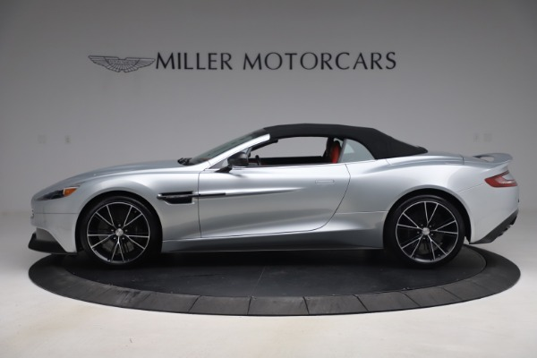 Used 2014 Aston Martin Vanquish Volante for sale $129,900 at Bugatti of Greenwich in Greenwich CT 06830 16