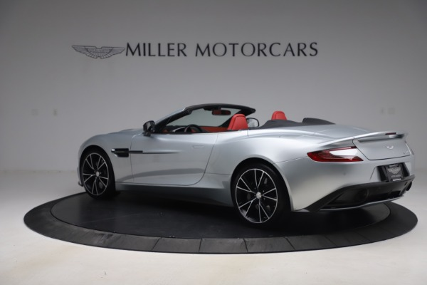 Used 2014 Aston Martin Vanquish Volante for sale $129,900 at Bugatti of Greenwich in Greenwich CT 06830 3