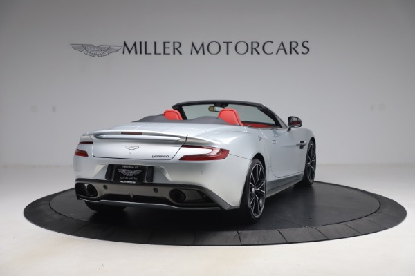 Used 2014 Aston Martin Vanquish Volante for sale $129,900 at Bugatti of Greenwich in Greenwich CT 06830 6