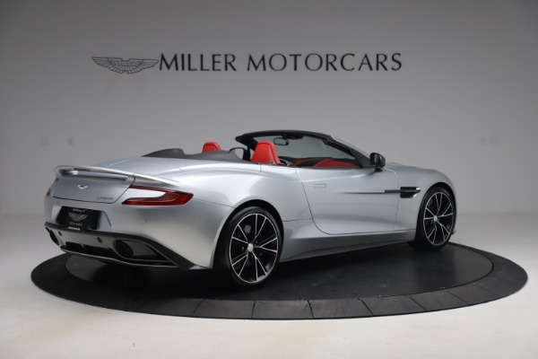 Used 2014 Aston Martin Vanquish Volante for sale $129,900 at Bugatti of Greenwich in Greenwich CT 06830 7