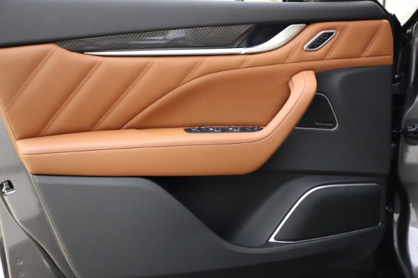 New 2021 Maserati Levante S Q4 GranSport for sale $108,235 at Bugatti of Greenwich in Greenwich CT 06830 17