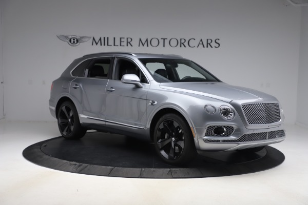 Used 2018 Bentley Bentayga W12 Signature Edition for sale $149,900 at Bugatti of Greenwich in Greenwich CT 06830 12