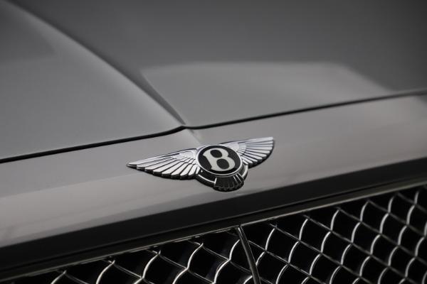 Used 2018 Bentley Bentayga W12 Signature for sale $154,900 at Bugatti of Greenwich in Greenwich CT 06830 15