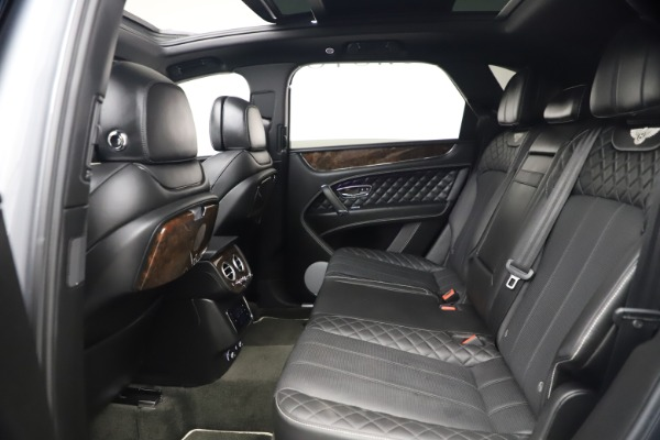 Used 2018 Bentley Bentayga W12 Signature for sale $154,900 at Bugatti of Greenwich in Greenwich CT 06830 23