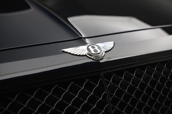 Used 2018 Bentley Bentayga Black Edition for sale $169,900 at Bugatti of Greenwich in Greenwich CT 06830 14