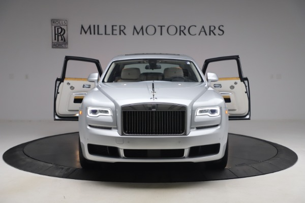 Used 2018 Rolls-Royce Ghost for sale $249,900 at Bugatti of Greenwich in Greenwich CT 06830 13