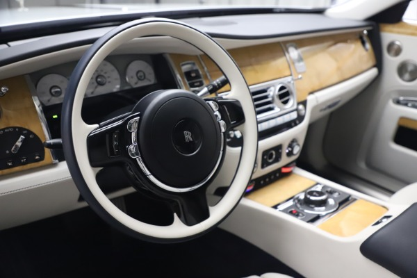 Used 2018 Rolls-Royce Ghost for sale $249,900 at Bugatti of Greenwich in Greenwich CT 06830 16