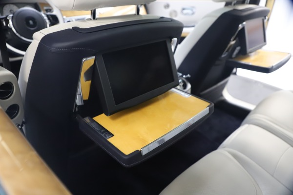 Used 2018 Rolls-Royce Ghost for sale $249,900 at Bugatti of Greenwich in Greenwich CT 06830 22