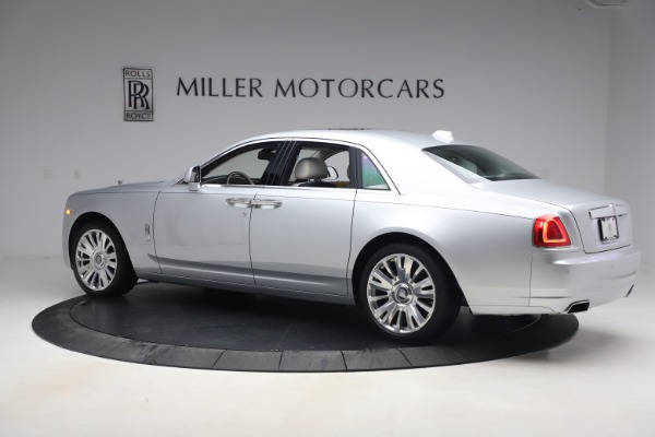 Used 2018 Rolls-Royce Ghost for sale $249,900 at Bugatti of Greenwich in Greenwich CT 06830 5