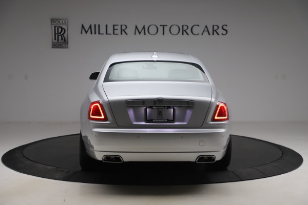 Used 2018 Rolls-Royce Ghost for sale $249,900 at Bugatti of Greenwich in Greenwich CT 06830 7
