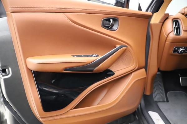 New 2021 Aston Martin DBX for sale $226,136 at Bugatti of Greenwich in Greenwich CT 06830 15