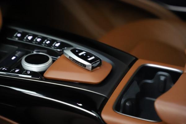 New 2021 Aston Martin DBX for sale $226,136 at Bugatti of Greenwich in Greenwich CT 06830 18