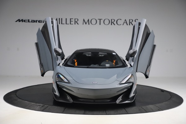 Used 2019 McLaren 600LT Coupe for sale $229,900 at Bugatti of Greenwich in Greenwich CT 06830 11