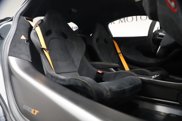 Used 2019 McLaren 600LT Coupe for sale $229,900 at Bugatti of Greenwich in Greenwich CT 06830 19