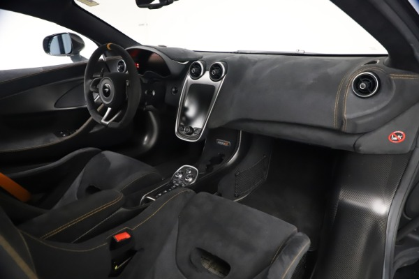 Used 2019 McLaren 600LT Coupe for sale $229,900 at Bugatti of Greenwich in Greenwich CT 06830 20