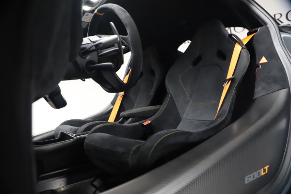 Used 2019 McLaren 600LT Coupe for sale $229,900 at Bugatti of Greenwich in Greenwich CT 06830 21