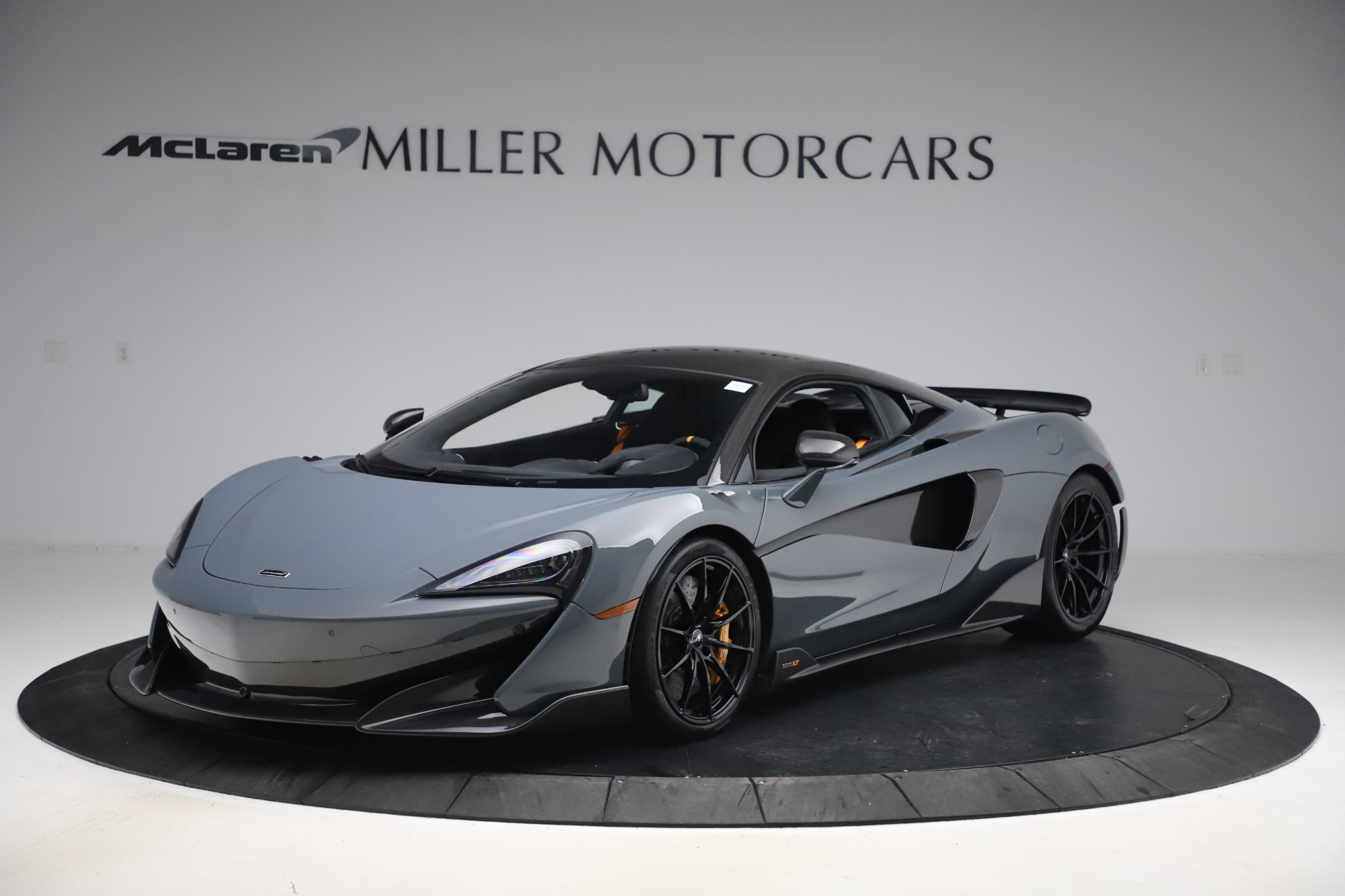 Used 2019 McLaren 600LT Coupe for sale $229,900 at Bugatti of Greenwich in Greenwich CT 06830 1