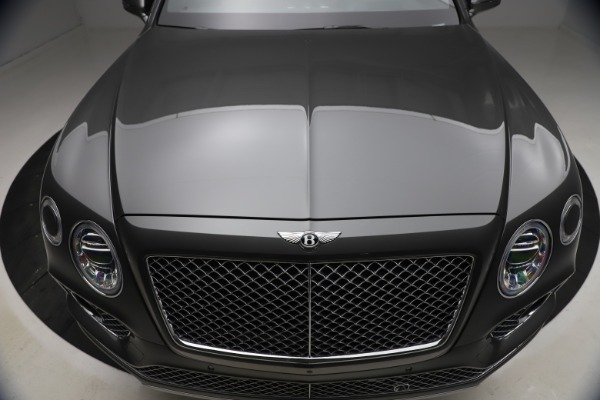 Used 2018 Bentley Bentayga W12 for sale $156,900 at Bugatti of Greenwich in Greenwich CT 06830 15