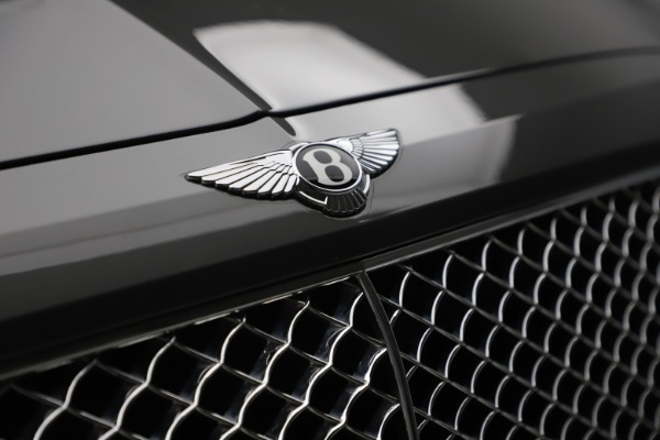 Used 2018 Bentley Bentayga W12 for sale $156,900 at Bugatti of Greenwich in Greenwich CT 06830 16