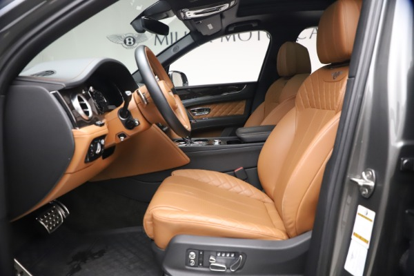 Used 2018 Bentley Bentayga W12 for sale $156,900 at Bugatti of Greenwich in Greenwich CT 06830 20