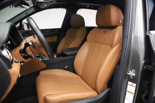 Used 2018 Bentley Bentayga W12 for sale $156,900 at Bugatti of Greenwich in Greenwich CT 06830 21