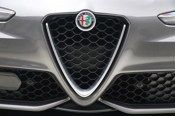 Used 2017 Alfa Romeo Giulia Ti Sport for sale $26,900 at Bugatti of Greenwich in Greenwich CT 06830 14
