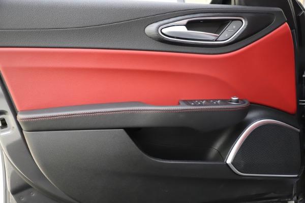 New 2021 Alfa Romeo Giulia Q4 for sale $48,035 at Bugatti of Greenwich in Greenwich CT 06830 18