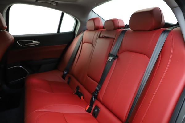 New 2021 Alfa Romeo Giulia Q4 for sale $48,035 at Bugatti of Greenwich in Greenwich CT 06830 19
