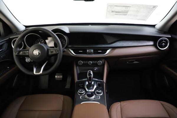 New 2021 Alfa Romeo Stelvio Q4 for sale Sold at Bugatti of Greenwich in Greenwich CT 06830 27