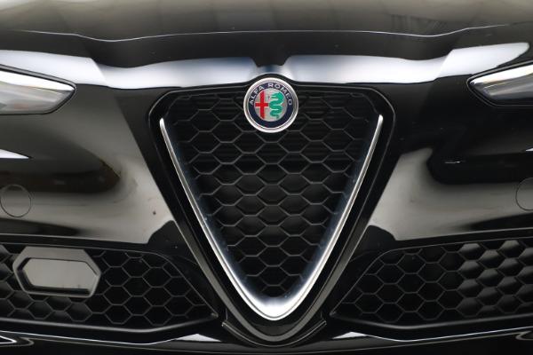 New 2021 Alfa Romeo Giulia Q4 for sale $45,140 at Bugatti of Greenwich in Greenwich CT 06830 26