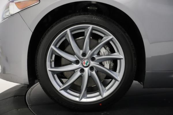 New 2021 Alfa Romeo Giulia Q4 for sale $47,085 at Bugatti of Greenwich in Greenwich CT 06830 27