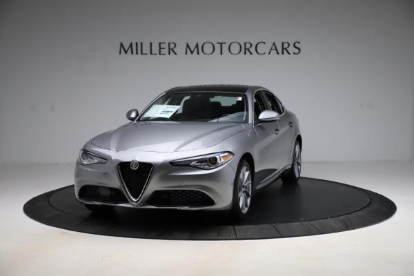 New 2021 Alfa Romeo Giulia Q4 for sale $47,085 at Bugatti of Greenwich in Greenwich CT 06830 1