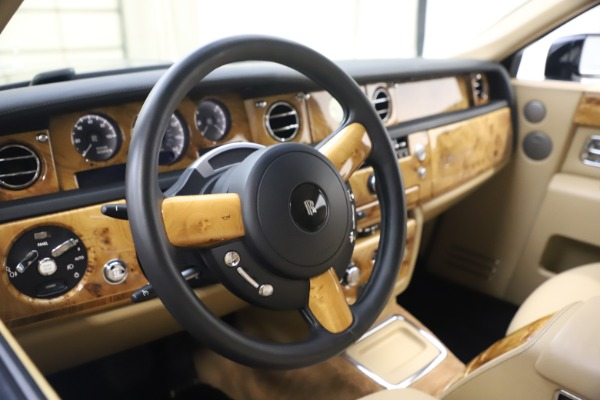 Used 2006 Rolls-Royce Phantom for sale $109,900 at Bugatti of Greenwich in Greenwich CT 06830 20