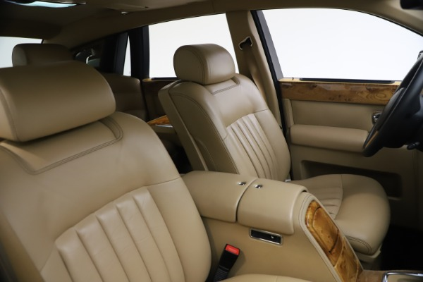 Used 2006 Rolls-Royce Phantom for sale $109,900 at Bugatti of Greenwich in Greenwich CT 06830 22