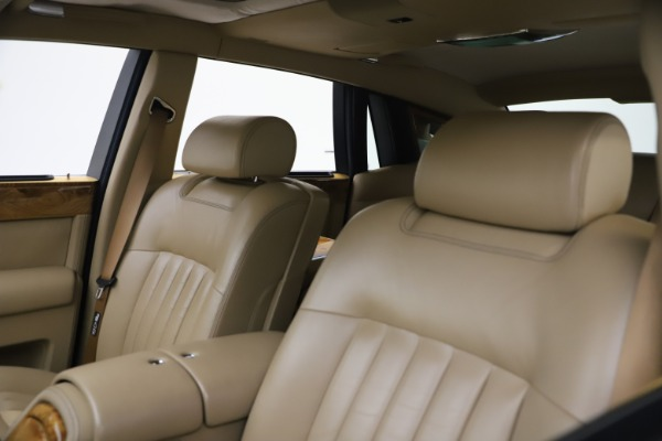 Used 2006 Rolls-Royce Phantom for sale $109,900 at Bugatti of Greenwich in Greenwich CT 06830 23