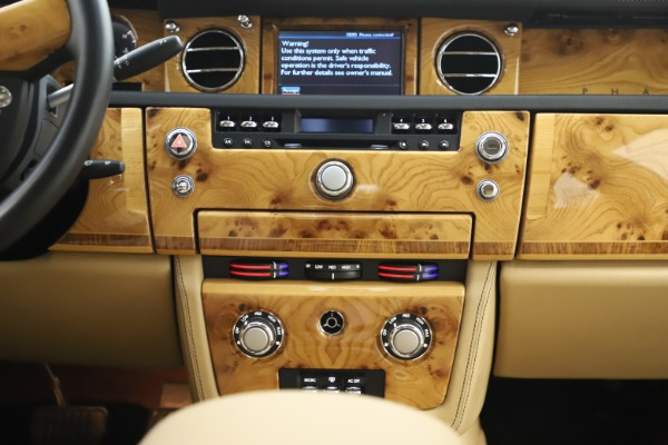 Used 2006 Rolls-Royce Phantom for sale $109,900 at Bugatti of Greenwich in Greenwich CT 06830 26