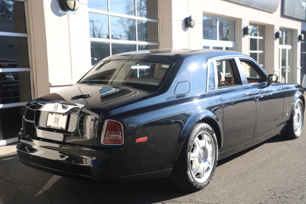 Used 2006 Rolls-Royce Phantom for sale $109,900 at Bugatti of Greenwich in Greenwich CT 06830 8