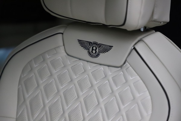 New 2021 Bentley Flying Spur V8 First Edition for sale Call for price at Bugatti of Greenwich in Greenwich CT 06830 20