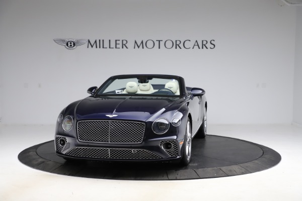 New 2021 Bentley Continental GTC V8 for sale $276,830 at Bugatti of Greenwich in Greenwich CT 06830 2