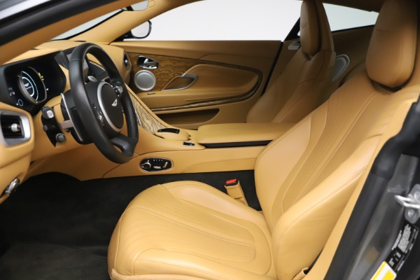 Used 2017 Aston Martin DB11 V12 Coupe for sale $149,900 at Bugatti of Greenwich in Greenwich CT 06830 14