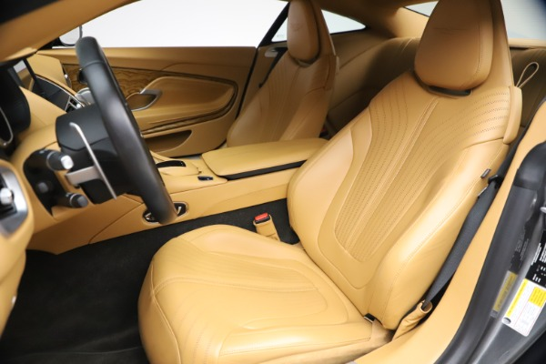 Used 2017 Aston Martin DB11 V12 Coupe for sale $149,900 at Bugatti of Greenwich in Greenwich CT 06830 15