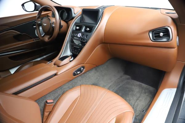 Used 2017 Aston Martin DB11 V12 Coupe for sale $134,900 at Bugatti of Greenwich in Greenwich CT 06830 19