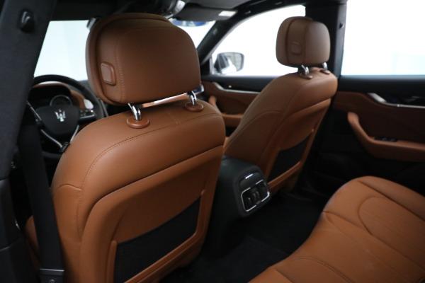 New 2021 Maserati Levante Q4 for sale $85,625 at Bugatti of Greenwich in Greenwich CT 06830 18
