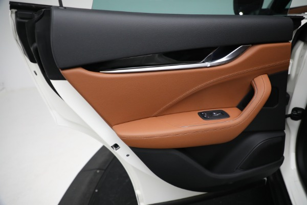 New 2021 Maserati Levante Q4 for sale $85,625 at Bugatti of Greenwich in Greenwich CT 06830 21