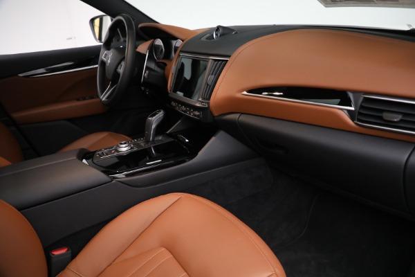 New 2021 Maserati Levante Q4 for sale $85,625 at Bugatti of Greenwich in Greenwich CT 06830 22
