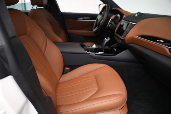 New 2021 Maserati Levante Q4 for sale $85,625 at Bugatti of Greenwich in Greenwich CT 06830 23