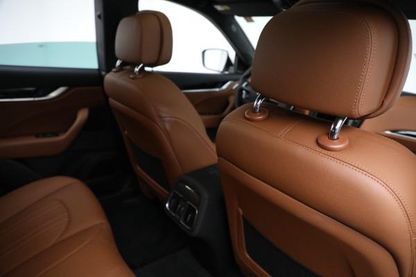 New 2021 Maserati Levante Q4 for sale $85,625 at Bugatti of Greenwich in Greenwich CT 06830 25
