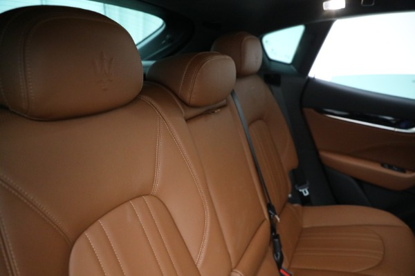 New 2021 Maserati Levante Q4 for sale $85,625 at Bugatti of Greenwich in Greenwich CT 06830 27