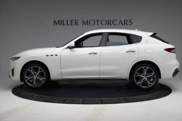 New 2021 Maserati Levante Q4 for sale $85,625 at Bugatti of Greenwich in Greenwich CT 06830 3
